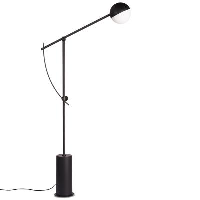 Bilde av Balancer gulvlampe, svart