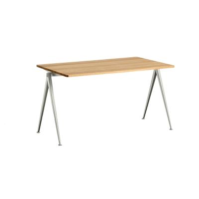 Bilde av Pyramid desk 01 140x75, beige frame/clear