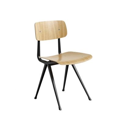 Bilde av Result chair, black/oak clear seat