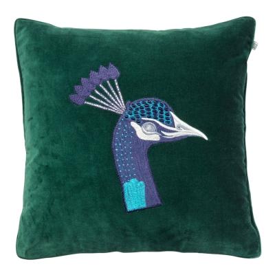 Bilde av Embroidered Peacock Velvet putetrekk M, grønn