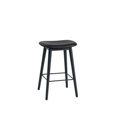 Bilde av Fiber Wood bar stool, svart lær/svart