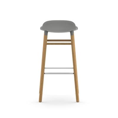 Bilde av Form barstol 75, grå/eik