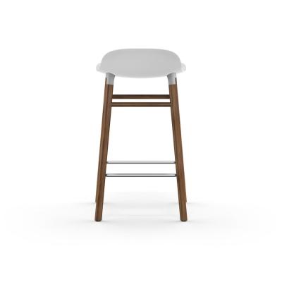 Bilde av Form barstol 65, hvit/valnøtt