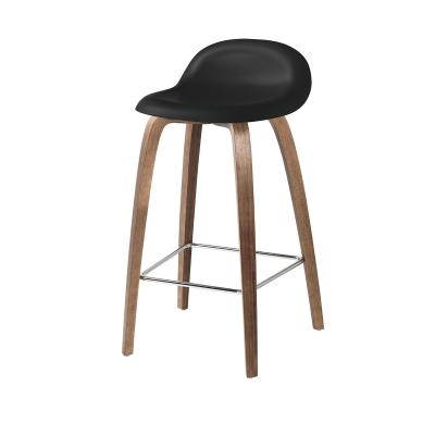 Bilde av Gubi 3D barstol h65, valnøtt/svart