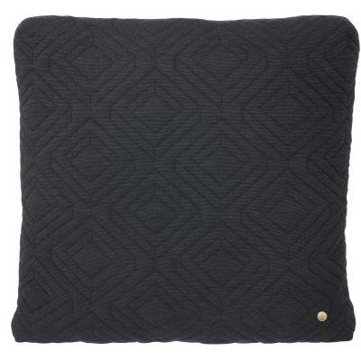 Quilt pute 45×45 mørkegrå