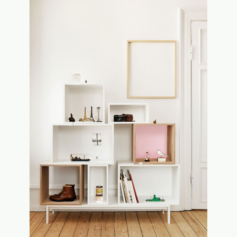 Mini stacked hylle, hvit frÃ¥n muuto – kjøp møbler online pÃ¥ room21.no